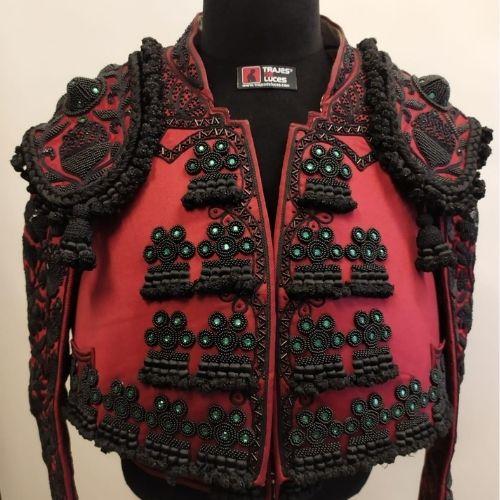 traje-de-luces-rioja-y-azabache